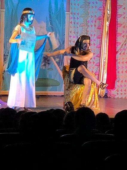 Cleopatra: obra en inglés